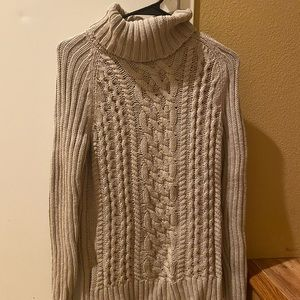 Banana Republic Sweater in Nude Color (XS)